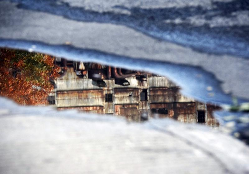 Miroirs de Montréal - Reflet d'un automne urbain II - Photographies numérotées et signées 1/3 - impression sur papier de prestige Hahnemühle Fine Art Rag Bright White 310 g/m² - 70x100 cm - Caisse américaine