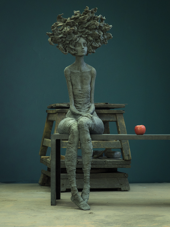 Valérie Hadida - I miss you - sculpture sur banc en bronze - 140 x 110 cm