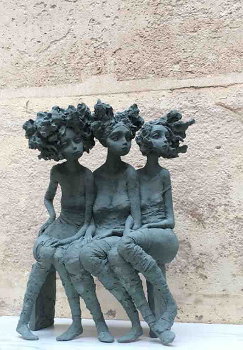 Valérie Hadida - Trio de femmes - vue de face