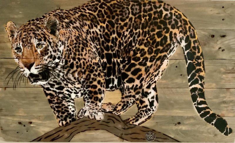 Mosko - Panthère sur sa branche - Spray et acrylique  sur bois brut - 48 x 80 cm