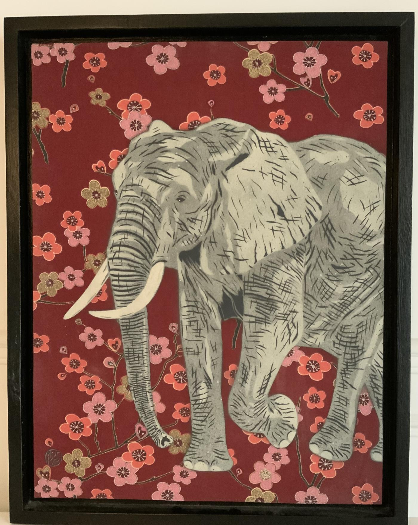 Mosko - L'éléphant aux fleurs - 65 x 50 cm - caisse américaine, bois noir
