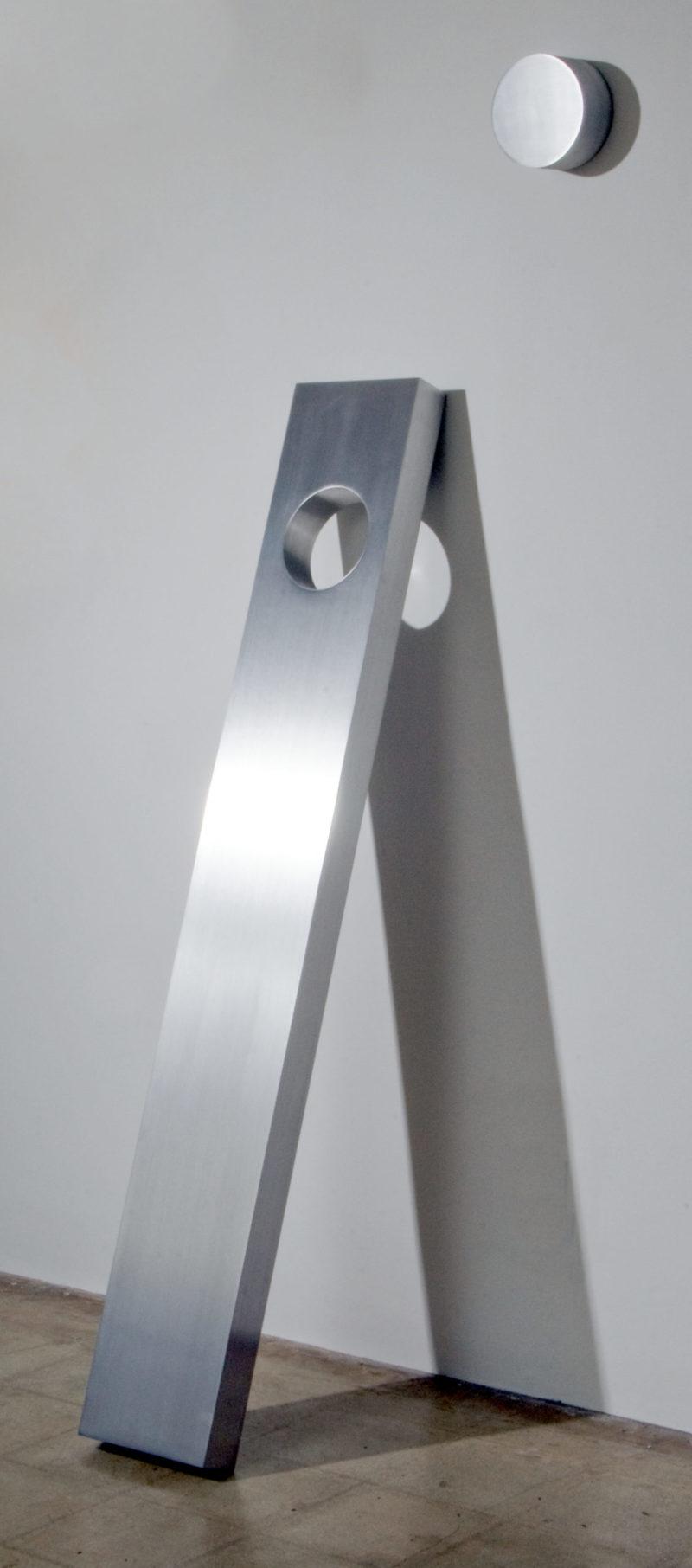 Lori Cozen-Geller - Cercle de vie - Acier inoxydable brossé - 152 x 23 x 8 cm - unique - 2020