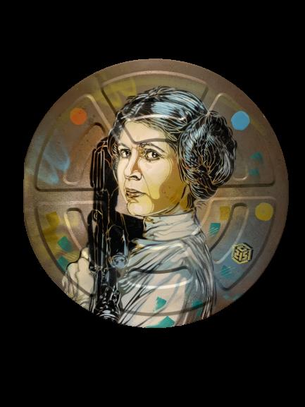 C215 - Princesse Leia - Spray et acrylique sur métal - diamètre 38 cm